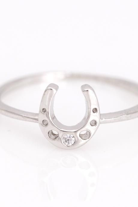 Horseshoe Ring Lucky Symbol Ring Rhodium Plated over Brass 5NEBR1