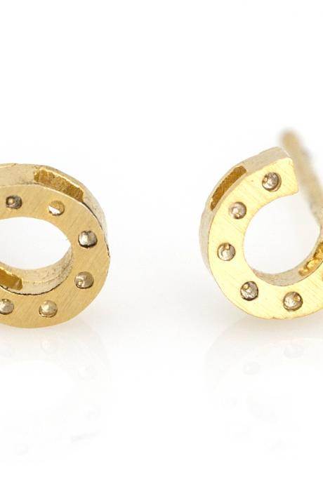 Horseshoe Earrings Lucky Symbol Stud Gold Plated over Brass 5NEBE3