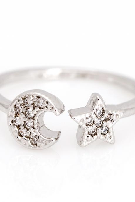 Crescent Moon and Star Open Ring Shiny Ring Rhodium Plated Brass 5NDAR2