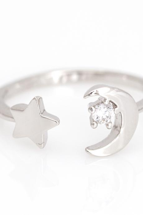 Crescent Moon and Star Open Ring Shiny Ring Rhodium Plated Brass 5NDAR1