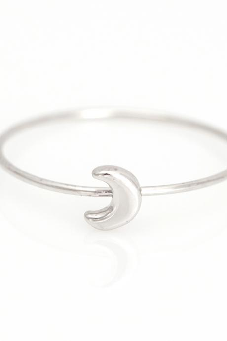 1 Crescent Moon Ring Delicate Shiny Ring Rhodium Plated over Brass 5NCAR3