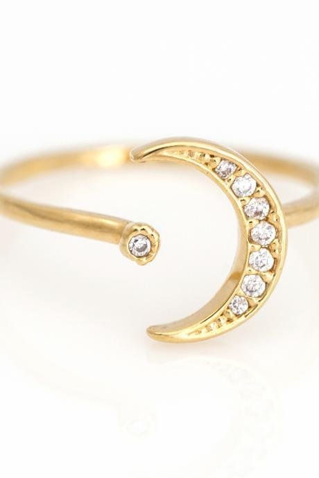 Crescent Moon Open Ring Shiny Free Size Ring Gold Plated over Brass 5NCAR1
