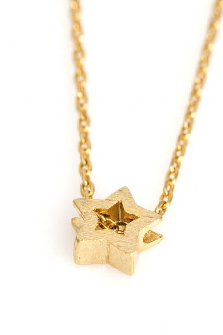 1 Star Necklace Delicate Star Necklace Gold Plated over Brass 5NBAN4