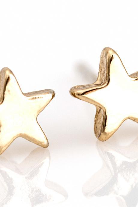 1 Star Earrings Delicate Shiny Star Stud Gold Plated over Brass 5NBAE11