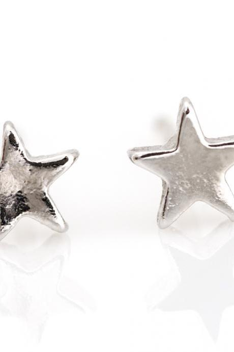 1 Star Earrings Delicate Shiny Star Stud Rhodium Plated over Brass 5NBAE11
