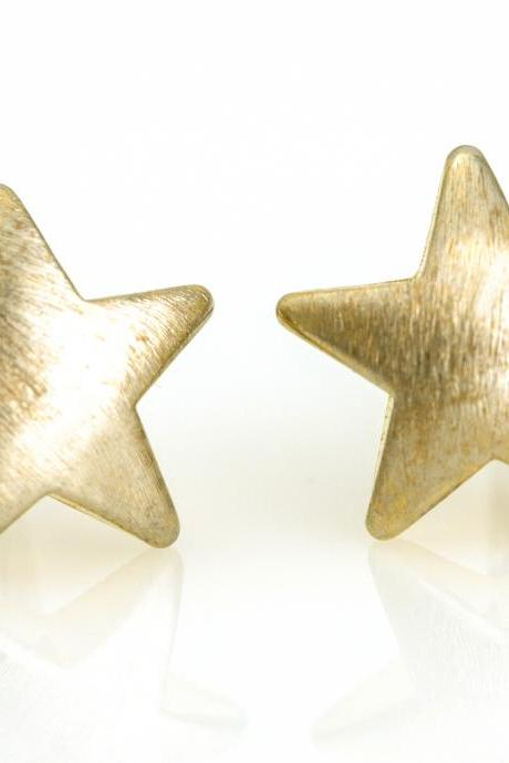 1 Star Earrings Delicate Scratch Star Stud Gold Plated over Brass 5NBAE10